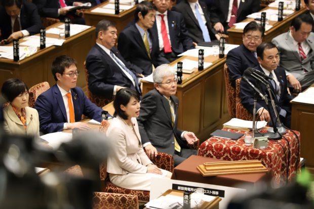 衆議院予算委員会 総理のヤジで紛糾